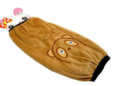 最新款式卡通时尚长款袖套 金丝绒秋冬季毛绒套袖 动感3d小熊云朵护袖图片