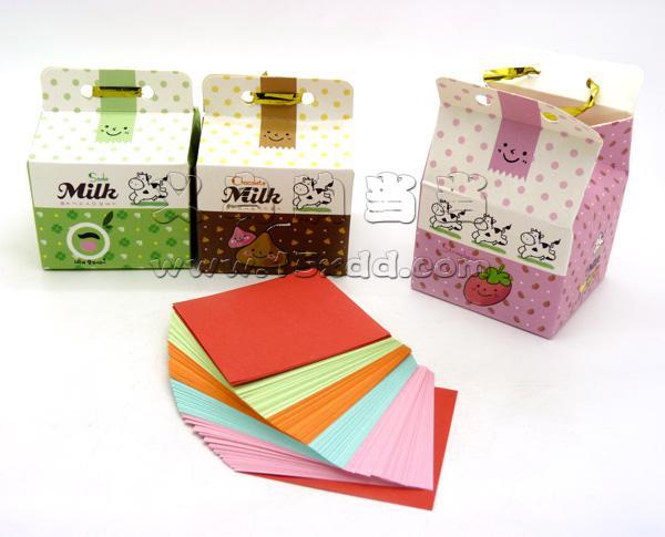 手工彩纸礼物步骤图片